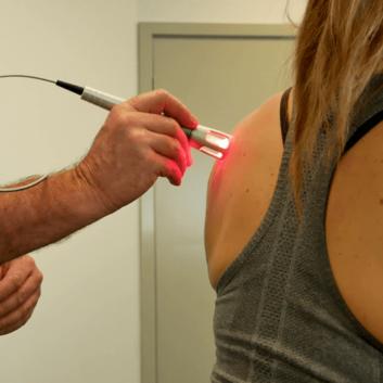 K-Laser-Shoulder-Treatment-min