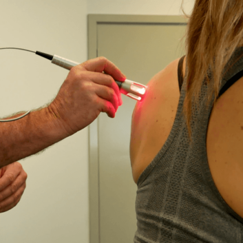 K-Laser-Shoulder-Treatment-min